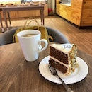 here to study & satisfy my carrot cake cravings 🥕🍰 cedele is known to have good carrot cake & there's an outlet near me so i went there today for some self-pampering before my scary driving class 🤡 i get scolded so much that now i have  phobia of driving & driving class 😪 anyways.
