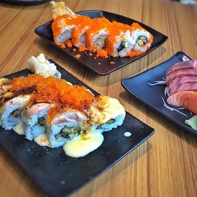 Koh's sushi with @kohjesslyn 😁