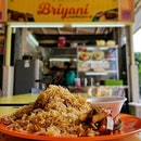 After watching @nightowlcinematics @foodkingnoc Food King Episode: Top 3 Fan Recommendation, We decided to make our way down to Briyani by Hamidah Bi on 初三!!