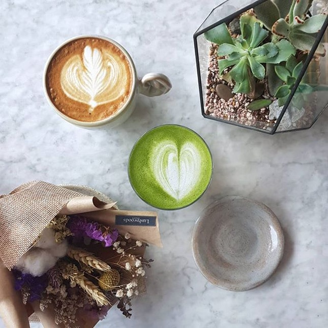 The Social Space * Have a long & great weekend everybody 🙆‍♂️🙆‍♀️ ~ Latte ~ $5.0 Matcha Latte ~ $6.0 Love the Matcha, whisk nicely & not too sweet 😍😍 ☕🍵☕🍵