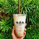 TARObly in love with this TARO bubble tea! 🥤🥤🥤