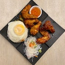 Chicken Wing with Rice and Fried Egg