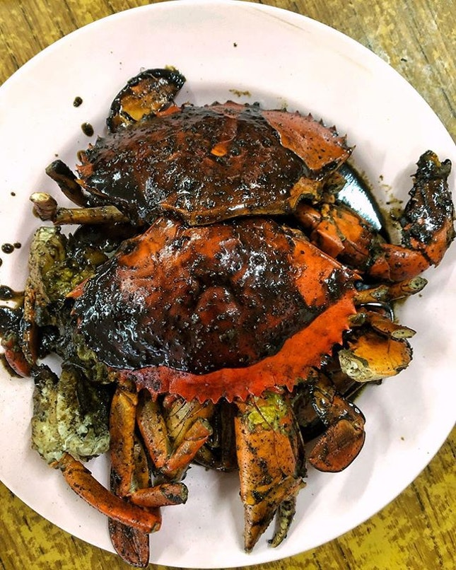 [Eunos] You'll come all the way here just for their Black Pepper Crab.