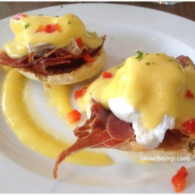 Eggs Benedict Grande