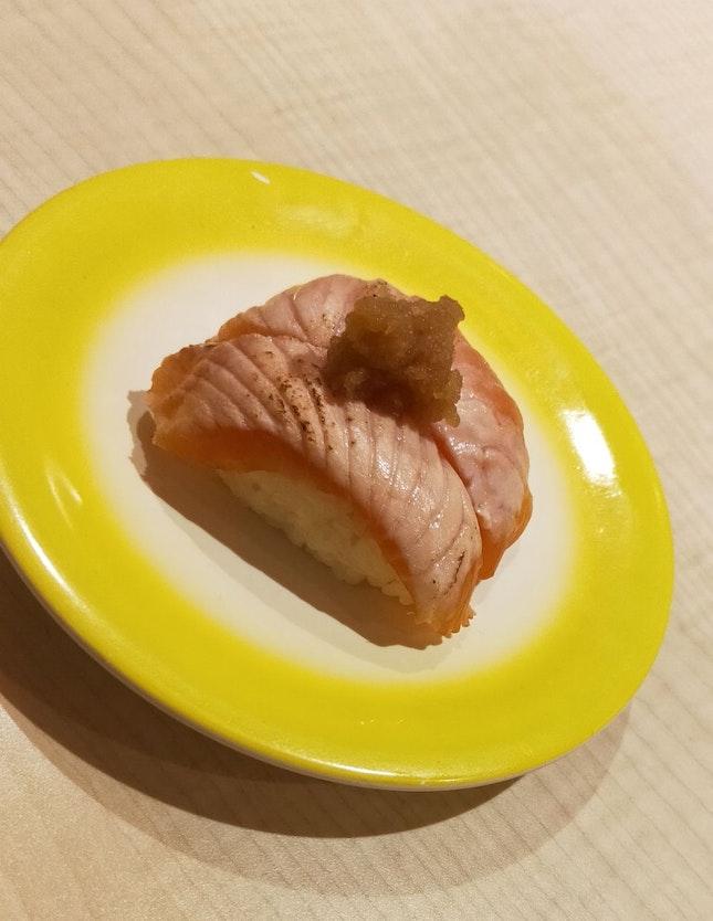 Aburi Salmon Sushi