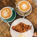 ✨6 Letter Coffee 🇸🇬 ✨   Feat their Flat White, Cappuccino ☕️ and a butter croissant 🥐 lightly drizzled in chocolate.