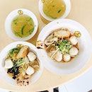 ✨Song Kee Fishball noodles 🇸🇬✨  Fancy a bowl of wholesome fishball noodles for breakfast?