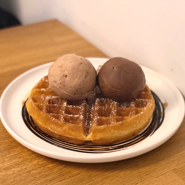 Waffle And Ice Cream