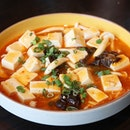 Craving for something punchy and this Mapo Tofu sounds like a good idea.