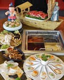 @hotpotheroes is a traditional Hotpot restaurant with the martial arts theme setting.
