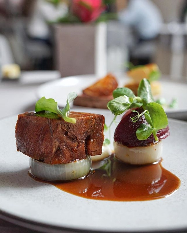 3 courses set lunch from  Feature Beef braised, cauliflower and white chocolate pup , beetroot.