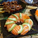 @onesushisg , homegrown modern Japanese concept restaurant helmed by a team of passionate Singaporeans, created a sharing portion for this Christmas month.
