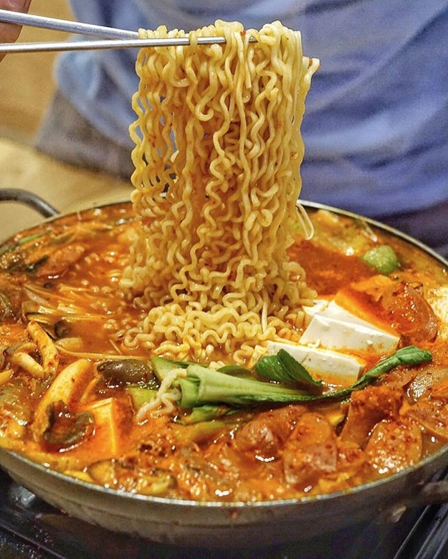 @sikdang.sg, korean restaurant located at Tanjong Pagar serving authentic Korean fusion.