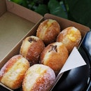 Mixed Stuffed Doughnuts from @burntends.bakery_sg.