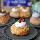 Café Coco launched Choux box of 6, come in an assortment of 6 flavours: