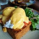 Eggs Benedict Rodyk Style