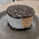 Ice Cream Cookie (Sea Salt Butterscotch)