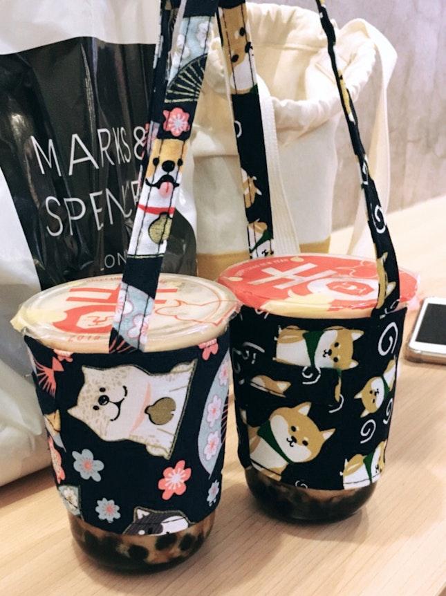 Da hong bao milk tea with Brown Sugar Pearls