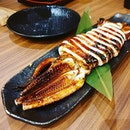 Grilled squid😊 + Chicken Nanban 😊 + Unagi Don 😐 + Kurobuta Hoho Don 😊 + Wagyu Karubi Don 😐  Grilled squid best eaten warm.