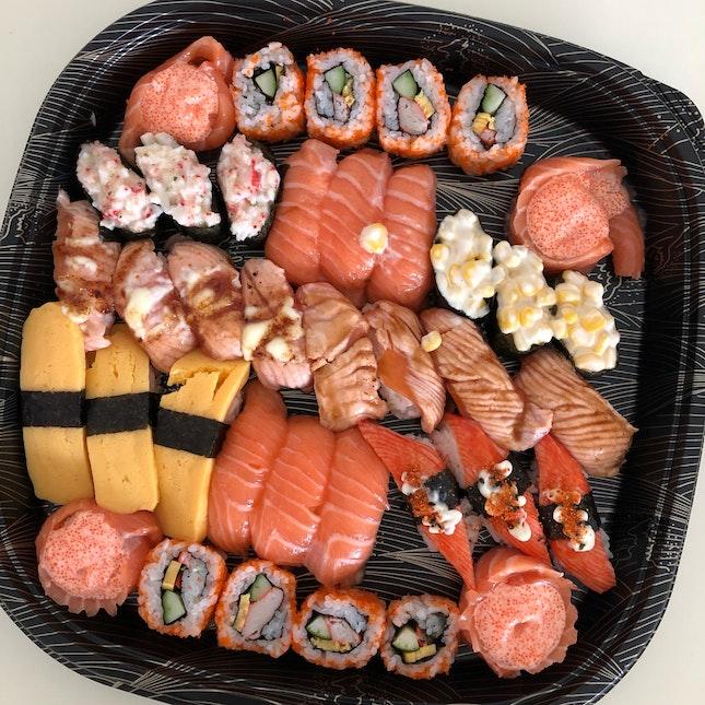 Sushi platter $28.8 (foodpanda)