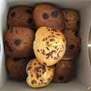 Mocha Muffins $1.6, Chocolate Chip Muffins $1.3