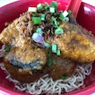 Dry Kolo Mee With Chicken Curry