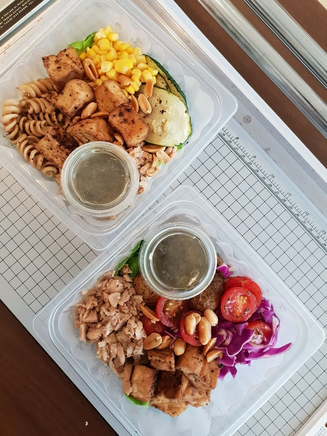 Original DIY Salad ($13.90)