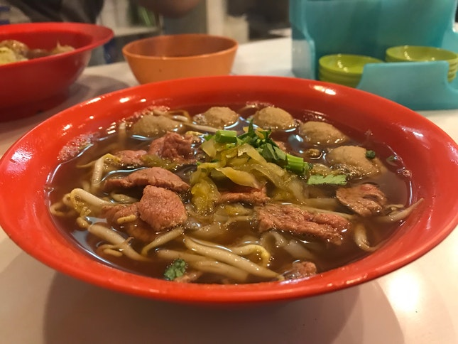 Sliced Beef and Beef Ball Noodles ($6.80)