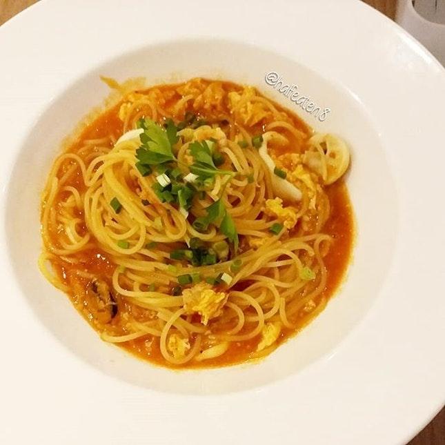 Chili Crab Pasta from Spagtacular.