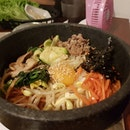 Mixing it all up, our #bibimbap