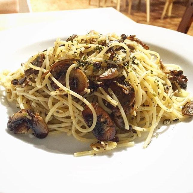 Realfood @ 1 Mont Kiara  A rather new healthy-vegetarians/vegan/plant based diet restaurant.