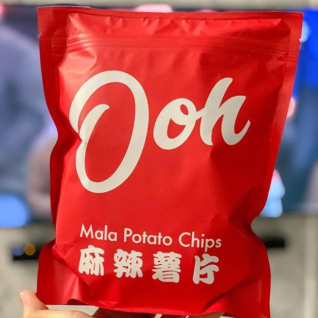 """Tried out these Made-in-Singapore Mala potato chips ($7/pack), and was pleasantly surprised that after popping 4-5 chips into my mouth, my tongue had that all familiar """"numb"""" feeling you get from the typical mala dish."""