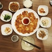 Home-cooked food feels with hospitable Korean auntie!
