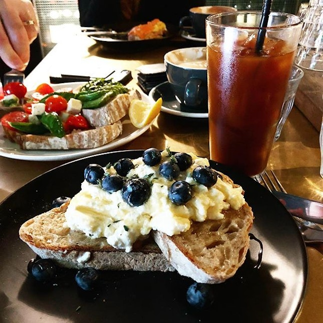IDEA: fly to hk for brunch...