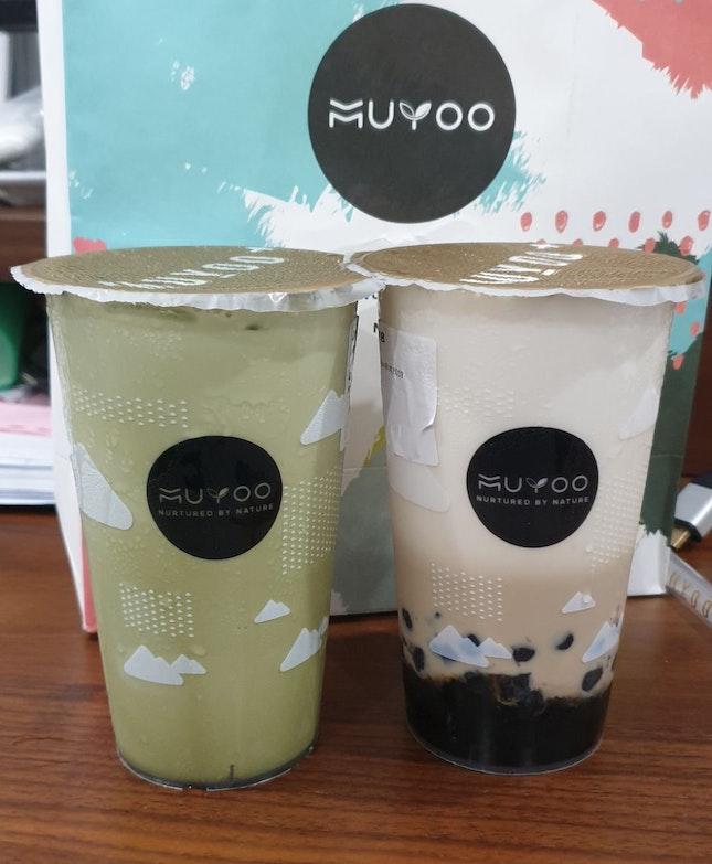 Matcha Latte & Milk Tea With Pearls