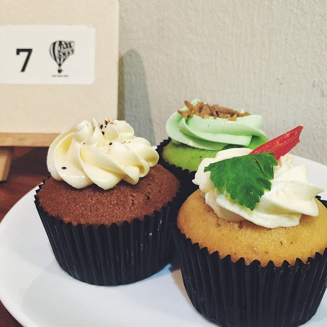 Cupcake with chili crab or sambal chili??