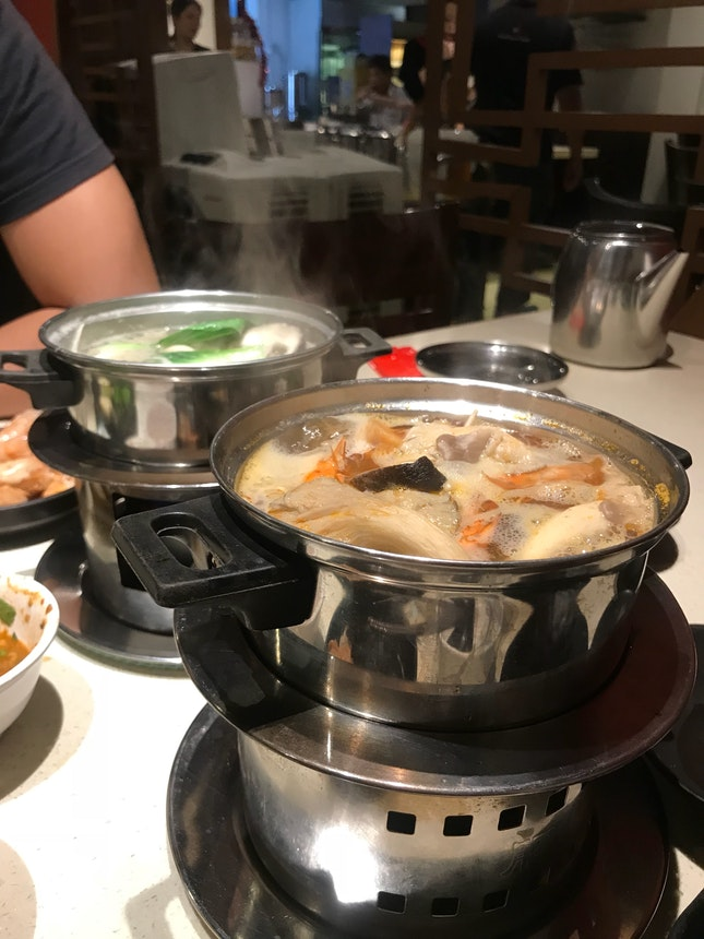 Seafood set steamboat