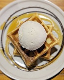 earl grey lavender ice cream witb waffles • $10.30