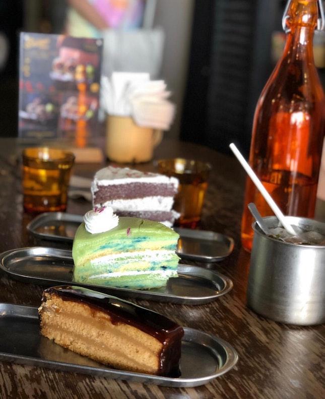 Burbur Hitam & Ondeh Ondeh Cake