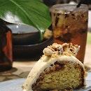 Kacang Tumbuk Cake