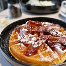Waffles w Candied Bacon ($15.50)
