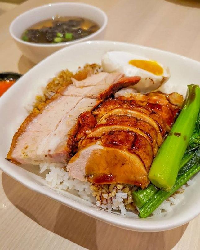 Nothing like a good roast meat and rice🍚  #kleats #burpple #pork #duck #roastmeat