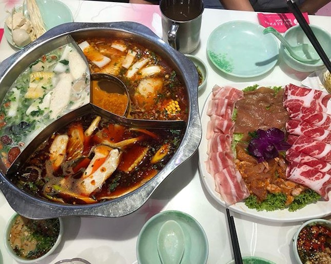 🐰 While the price is more friendly compared to some other brands, the service is less so #sgigfoodies #sgigfood #sgfood #sgfoodies #sgfoodie #burpple #burpplesg #steamboat #hotpot #ShiLiFang