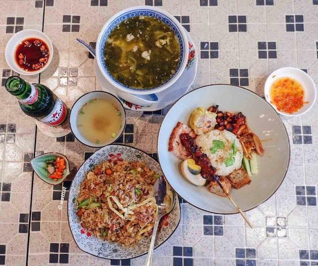 Nasi campur Babi, Sup Baikut And Nasi Goreng Special 88