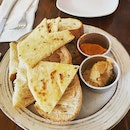 Assorted breads & Dips ($9)