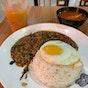 Mae Noi Thai Food