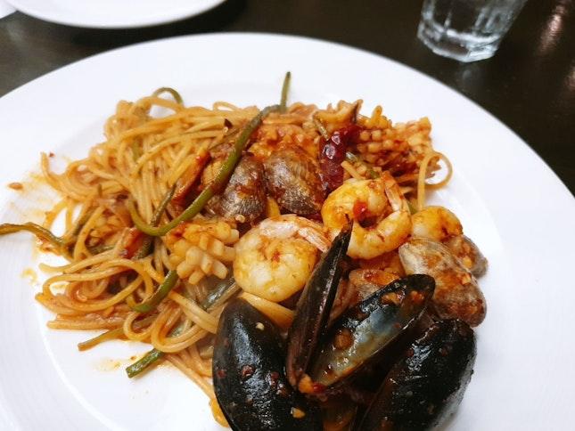 Triple Garlic Seafood Pasta