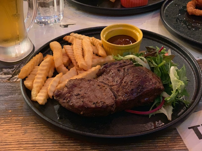 Serving Up Affordable Steak And Drinks In Central Singapore