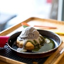 Matcha Lava Cookie w Ice Cream [~$8.90]