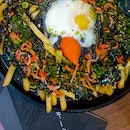 Squid Ink Cheese Fries ($10.80) & Laksa Vongole ($9.80)